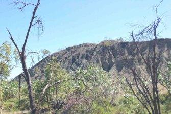 Unrehabilitated slope at the Ellendale mine.