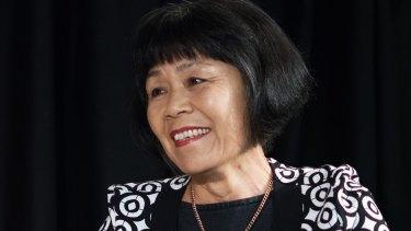 Author Vivian Bi.