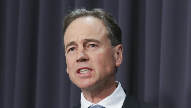 Greg Hunt has urged Victoria to adopt the Commonwealth definition of a COVID-19 hotspot to allow Melbourne to move out of lockdown.