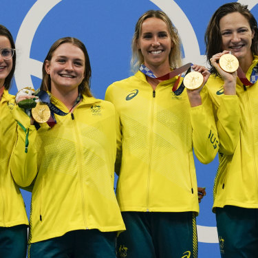Medal-winning machines ... Kaylee Mckeown, Chelsea Hodges, Emma Mckeon and Cate Campbell after winning the 4x100m medley relay.