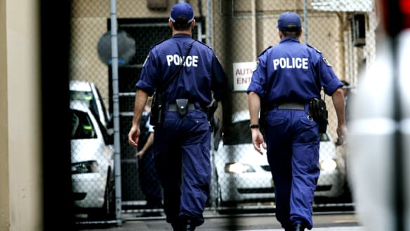 Man sentenced for court threat to blow up officer and Malcolm Turnbull