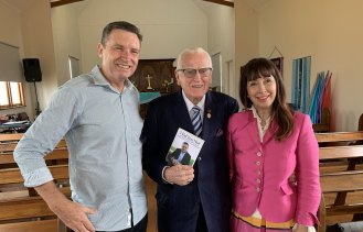 Lyle Shelton, Reverend Fred Nile and his wife Silvana.
