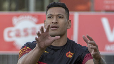 Israel Folau trains with Catalan Dragons in Perpignan, southern France, ahead of his scheduled debut for the club.