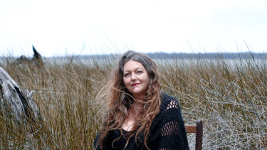 Donna Mazza adores the poetry of Percy Bysshe Shelley.