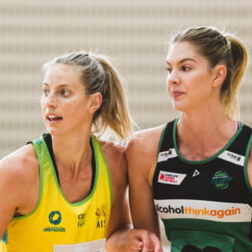 Kaylia Stanton (right) joined the Australian Fast5 team after a solid first year on court performance for the Fever in 2017.