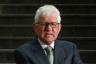 Outgoing Link Group chief executive John McMurtrie is seeking a higher price for the company.
