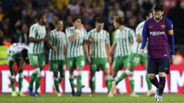 A dejected Lionel Messi after Betis scored against Barcelona.