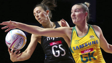 New Zealand's Bailey Mes and Australia's Courtney Bruce.