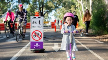 The People's Loop project is designed to remove the majority of cars from the middle of Parramatta Park to provide more space for cyclists and pedestrians.