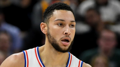 Simmons strong but 76ers lose to Magic