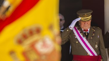 The former king of Spain, Juan Carlos, has left to live in another country.