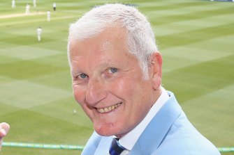 Bob Willis, has died at the age of 70, his family has announced.