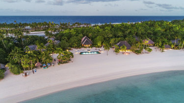 An Airbnb Luxe accommodation in French Polynesia - a private island available for $210,000 a night.