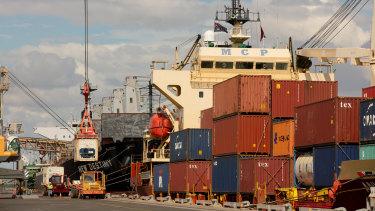 Landbridge Group took a 99-year lease on Darwin Port in 2015.