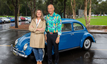 Julia Zemiro with Dr Karl Kruszelnicki.