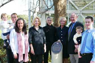 Bob Fulton with his family at a Sydney Football Stadium walk of fame unveiling in 2003.