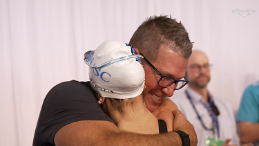 Kaylee McKeown and her coach Chris Mooney have an unbreakable bond.
