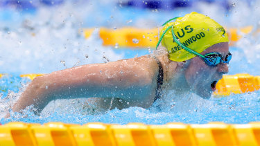 Teenager Jasmine claimed silver in her Paralympic debut.