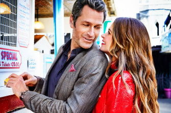 Sutton Foster as Liza and  Peter Hermann as Charles in Season 6 of Younger.