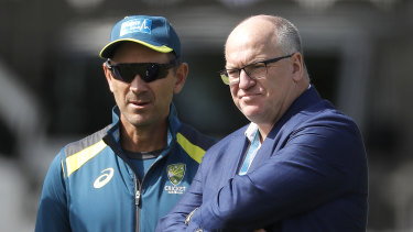 Former Cricket Australia chairman Earl Eddings with Justin Langer on the Ashes tour in 2019.