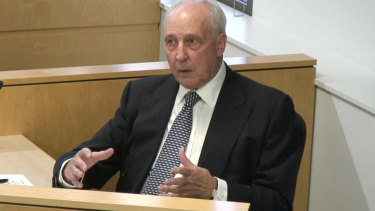 Former prime minister Paul Keating has proposed a HECS-style scheme for aged care funding.