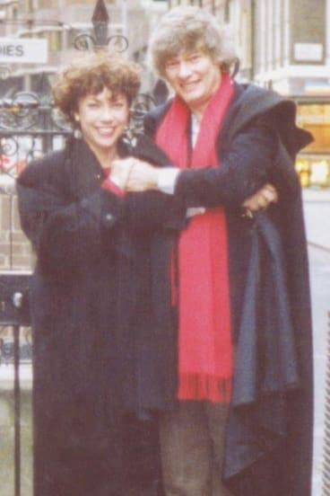"""With future wife Kathy Lette at London's """"Alan Jones Memorial Toilet"""" in 1988."""