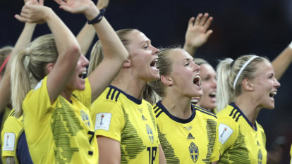 Sweden join US in quarter-finals after edging out Canada
