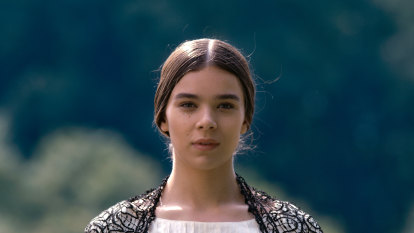 Hailee Steinfeld's thoroughly modern Emily is a winner