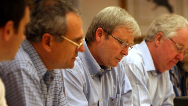 Ken Henry with Kevin Rudd at a meeting of the Strategic Priority and Budget Committee in Parliament House during the GFC in 2008.