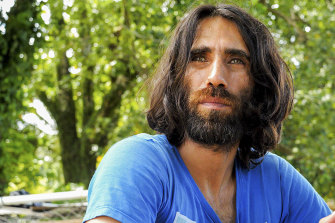 Refugee Behrouz Boochani arrived at Auckland Airport on Thursday evening.