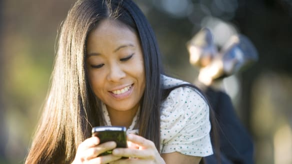 Social media has replaced book reading for teens, research shows