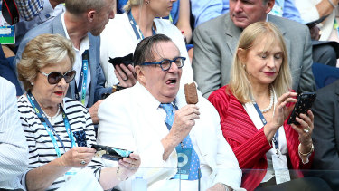 Barry Humphries cools off at the Australian Open Men's Final.