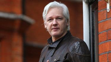 2019 spricht Julian Assange.