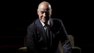 Anthony Warlow returns to The Secret Garden.
