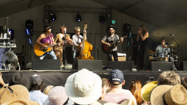 The Waifs, on stage and keeping the crowd happy at Riverboats Music Festival.