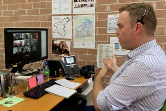 Balmain MP Jamie Parker and residents discuss WestConnex issues in Rozelle via a meeting on Zoom.