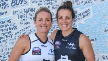 Katie Loynes (L) and Kerryn Harrington (R) will co-captain Carlton in the 2020 AFLW season.