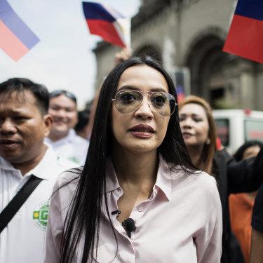 Former pop star and sex blogger Mocha Uson spruiked for Duterte in 2016.