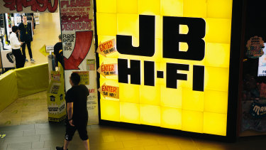 JB Hi-Fi is one of the few Australian retailers to get a boost from lockdowns and border restrictions.