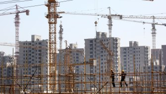 Unstable situation: Property giant China Evergrande is on the brink of collapse, with potential widespread economic consequences.