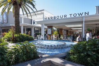 Harbour Town has 189 specialty tenants, with a focus on factory outlet stores.