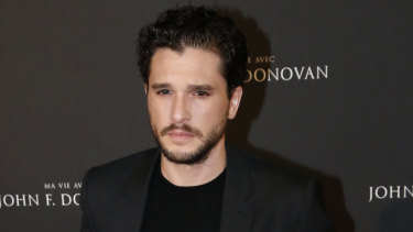 Kit Harington has revealed he sought therapy following Game of Thrones success.