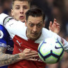Everton dent Arsenal's hopes with 1-0 win in heated game at Goodison