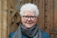 Val McDermid returns to her roots as a journalist in her latest novel.