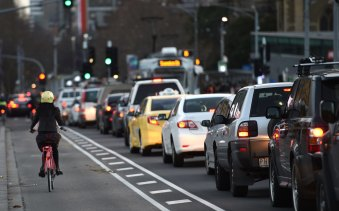 Driving into the CBD would be made cheaper and easier under a plan being put to the City of Melbourne this week.