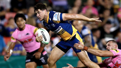 Eels extend faith in Mitchell Moses on eve of make-or-break season