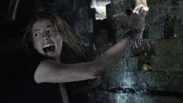 Kaya Scodelario in a scene from Crawl.