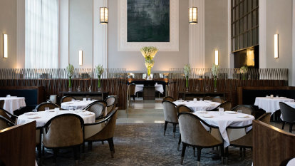 Reopen indoor dining? Industry says 'right now', science says 'go slow'