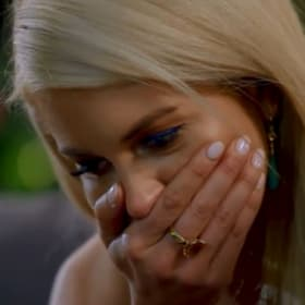 'Let me at him': Ali kicks bad-mouthing Bachelorette contestant out