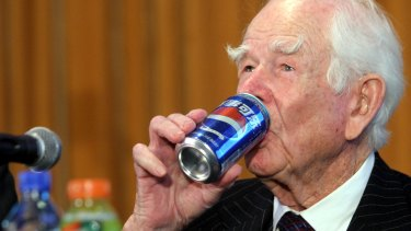 Former PepsiCo boss Donald Kendall famously served Pepsi to Soviet leader Nikita Khruschev when a US official recruited him to participate in the 1959 American National Exhibition in Moscow.